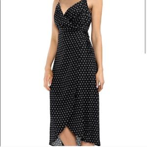 NWOT Vince Camuto Wrap Dress M